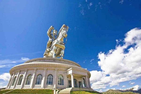 成吉思汗雕像博物館